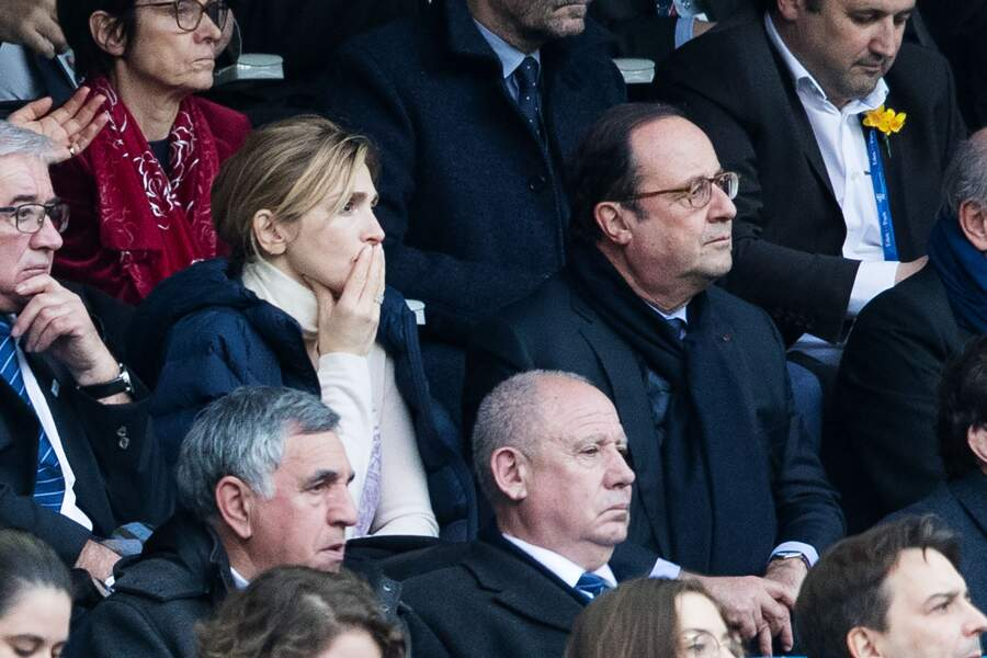 François Hollande et sa compagne Julie Gayet : la France s'est imposée 22 à 16 face à l'Angleterre