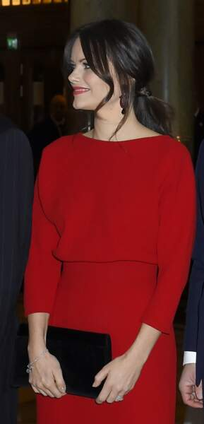 Sofia de Suède est aussi fan de la queue-de-cheval très chic avec de jolies mèches autour du visage