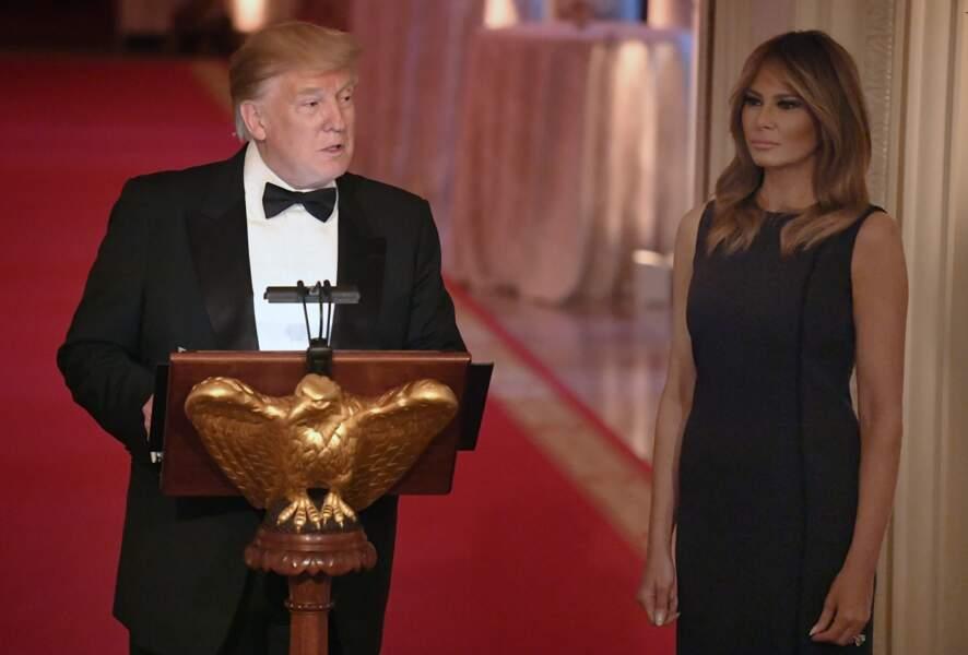 Donald et Melania Trump semblaient connectés, à la Maison Blanche, le 15 mai 2019.