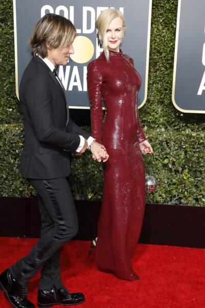 Nicole Kidman (51 ans), sculpturale en robe à sequins Michael Kors, au bras de Keith Urban aux Golden Globes 2019