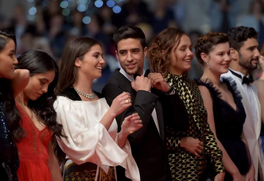 """Shaïn Boumedine et les comédiens du film """"Mektoub, my love: intermezzo"""", le 23 mai 2019 à Cannes"""