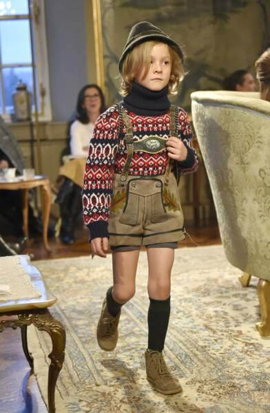 """Présentation de la collection Chanel """"Paris-Salzburg"""" en l'honneur des Métiers d'arts à Salzbourg (décembre 2012)"""
