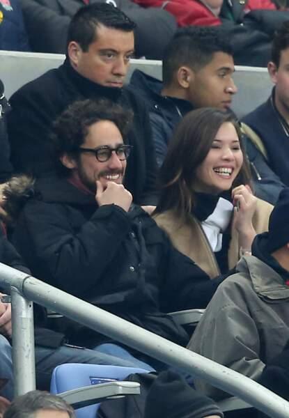 Thomas Hollande et sa compagne Emilie Broussouloux (journaliste France 2) au match de rugby France-Angleterre (tour