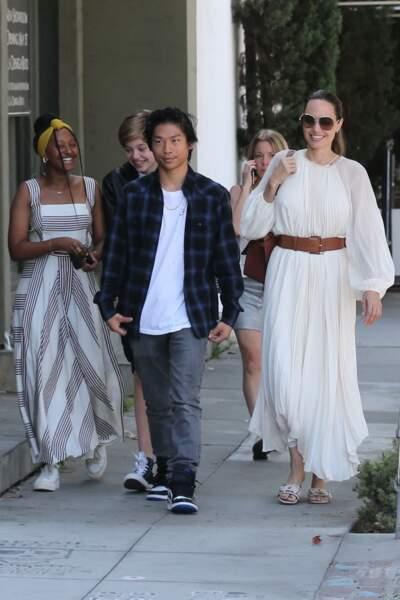 Pour l'occasion, Angelina Jolie avait misé sur un look bohème-chic