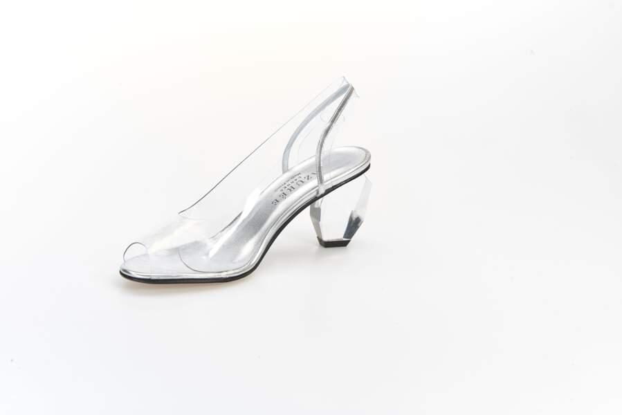 Soulier de verre, escarpins en plexi chic Azurée Cannes, 154 € (azuree.fr)