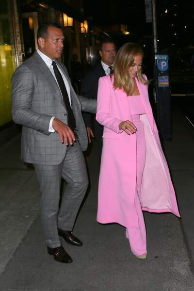 Avec son look, Jennifer Lopez n'est pas passée inaperçue