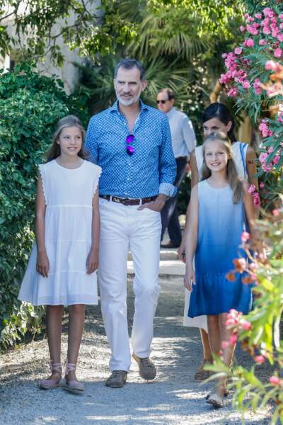 Letizia et Felipe d'Espagne étaient assortis lors de cette nouvelle sortie familiale
