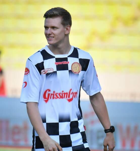 Mick Schumacher passionné de football comme son père