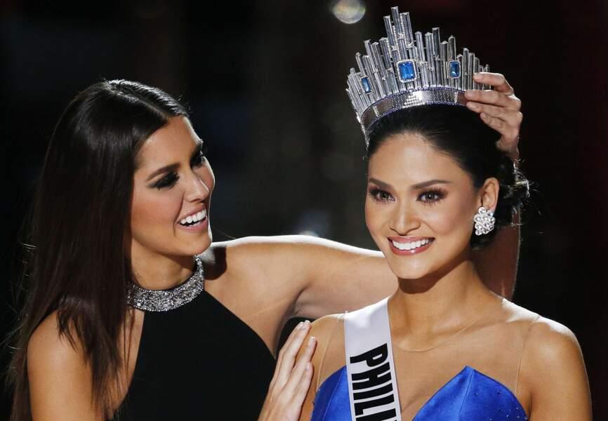 Miss Philippines reçoit sa couronne