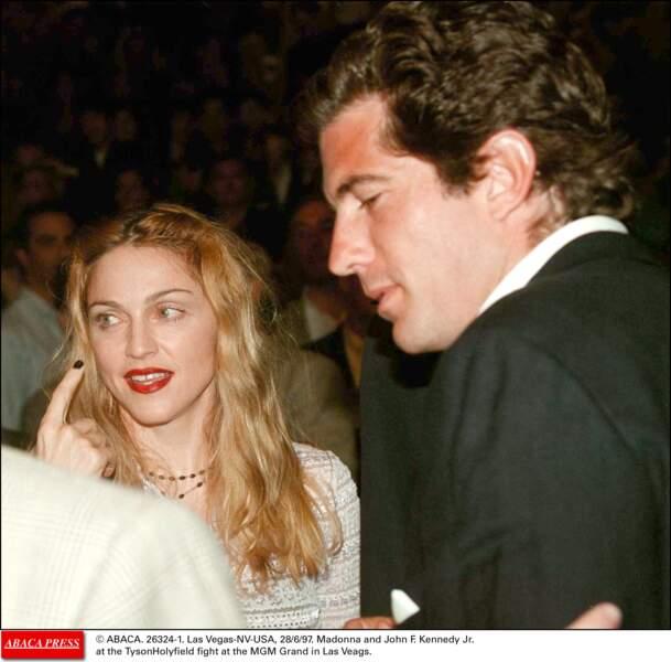 Madonna et John F. Kennedy à Las Vegas en 1997