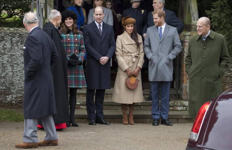 Charles à son arrivée en l'Eglise Sainte-Marie-Madeleine, avec la famille royale d'Angleterre, le 25 décembre 2017