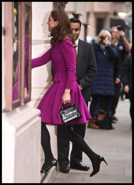 Kate Middleton recycle aussi son sac Aspinal of England au Royal Opera House le 16 janvier 2019