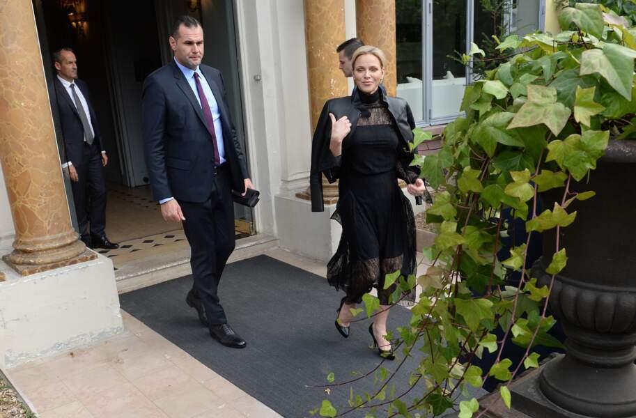 Charlène de Monaco, au défilé de prêt-à-porter printemps-été 2019 de la maison Akris, à Paris, le 30 septembre 2018