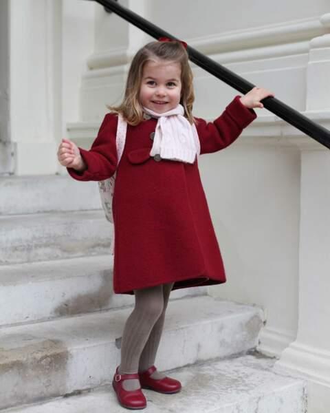 Portrait de la princesse Charlotte, à l'occasion de sa rentrée à l'école maternelle de Willcocks, en janvier 2018