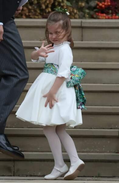 La princesse Charlotte fait un dernier coucou, l'incident est déjà oublié