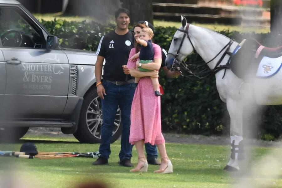 Kate Middleton savoure un moment de complicité avec son petit dernier Louis
