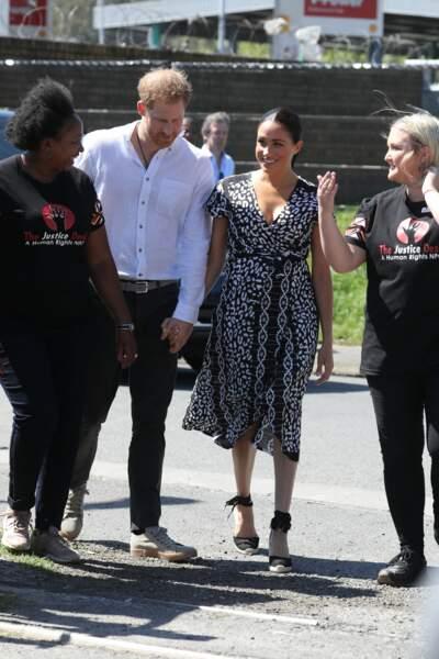 Meghan Markle et le prince Harry toujours main dans la main et complices