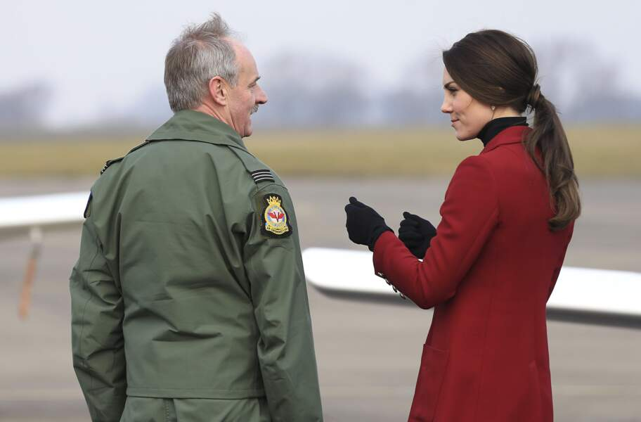 """On adore l'attache """"mèche de cheveux"""" de Kate Middleton"""