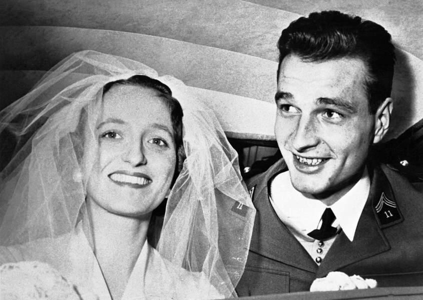 Bernadette, radieuse lors de son mariage avec Jacques Chirac, le 17 mars 1956 à Paris