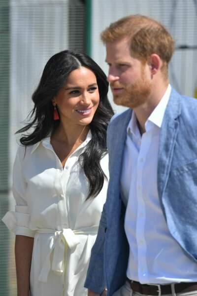 Meghan Markle et le prince Harry, lors du dernier jour de leur royal tour en Afrique.