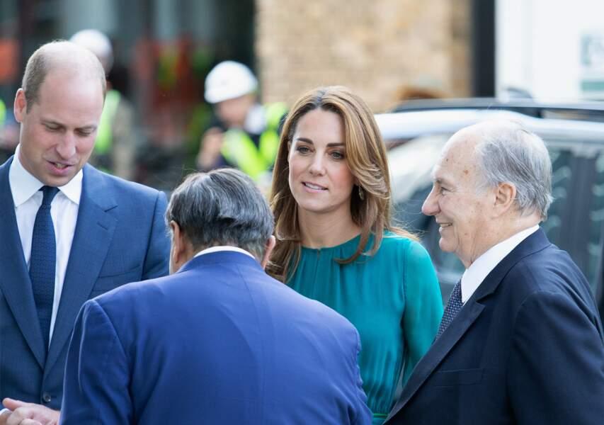 Kate Middleton maitrise parfaitement sa communication avec le Pakistan via son style