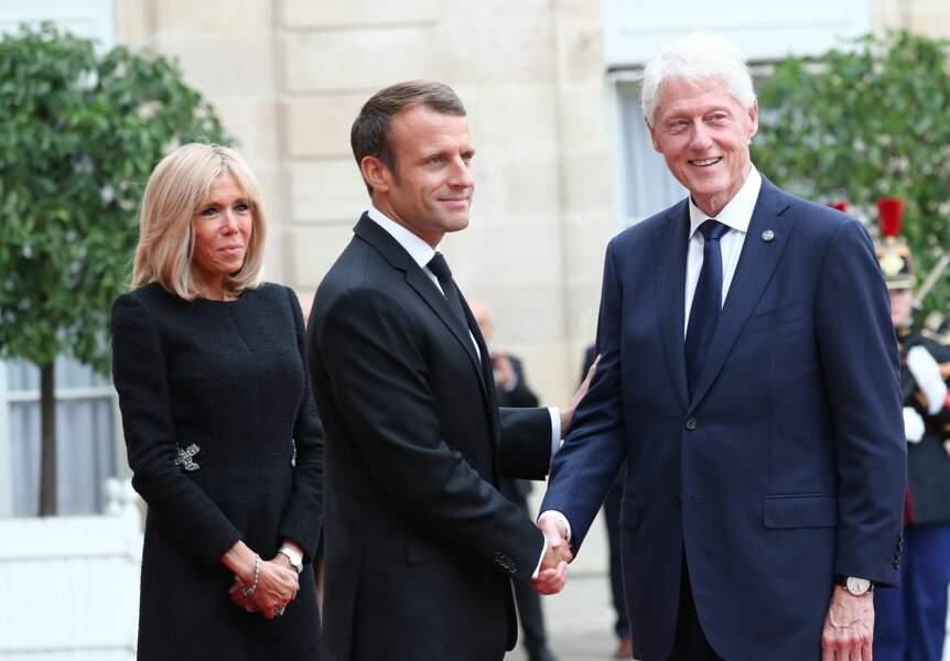 Bill Clinton et les Macron aux obsèques de Jacques Chirac, en l'église Saint-Sulpice, à Paris, le 30.09.2019