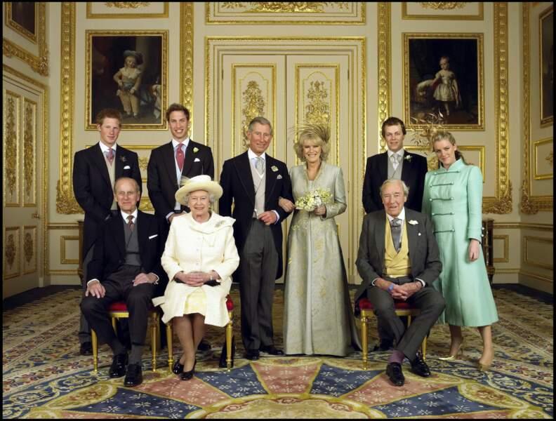 Quand le prince Charles a épousé Camilla (divorcée de son 1er mari Andrew Parker Bowles en 1995)