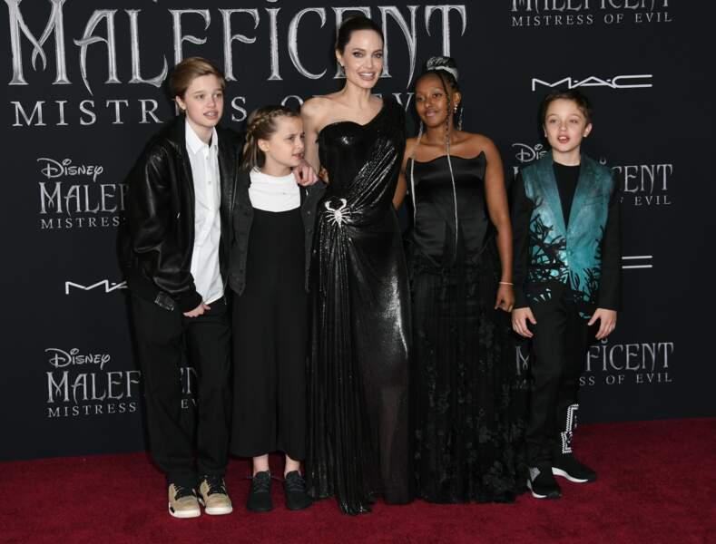 Les enfants Jolie-Pitt en tenues de gala