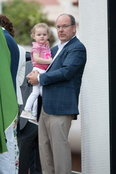 La princesse Gabriella peut désormais repartir dans les bras de son papa