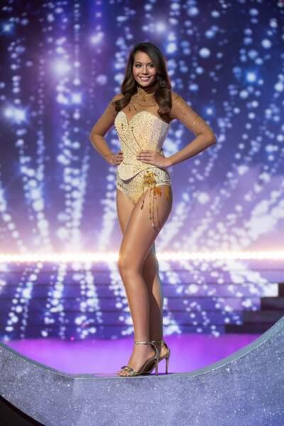 Vaimalama Chaves : le couronnement d'une Miss France qui a des formes et le met en avant