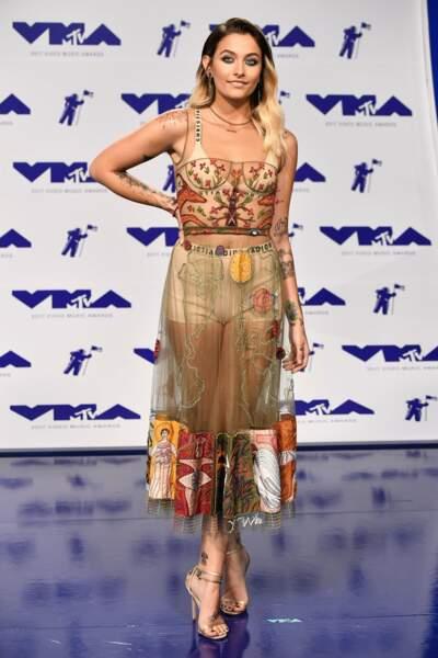 Paris Jackson en total look Dior pour un jeu de transparence sexy