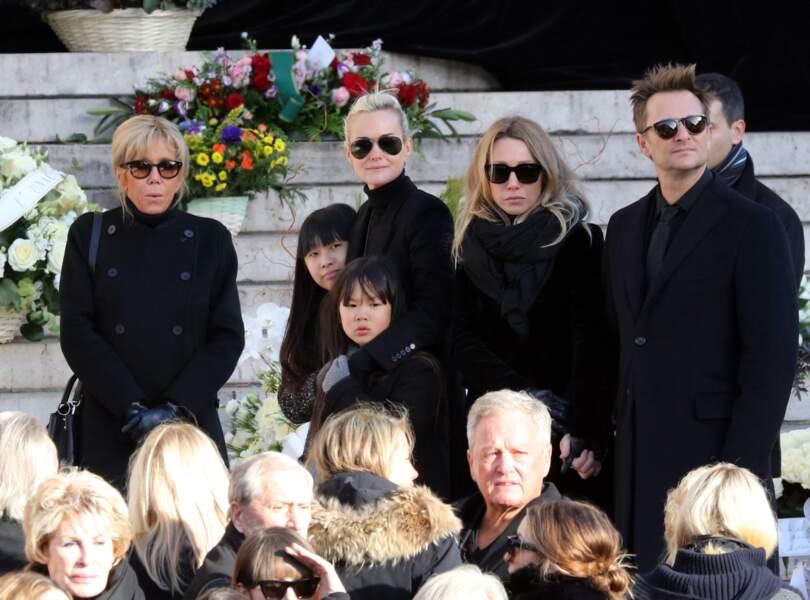 La famille Hallyday unie autour de Johnny