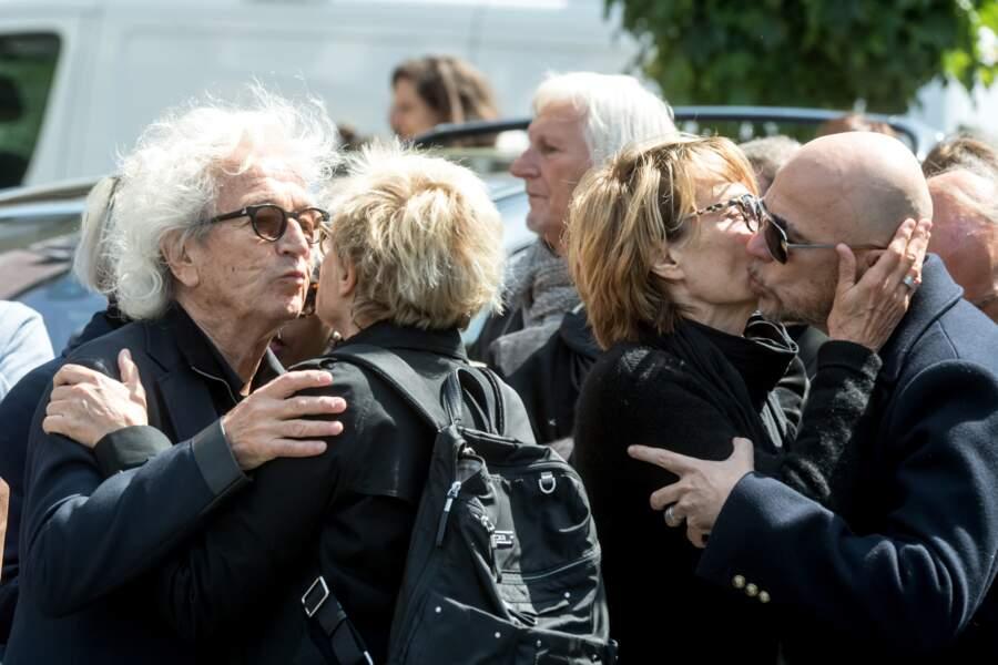 Pascal Obispo, Muriel Robin très émus aux obsèques de Maurane