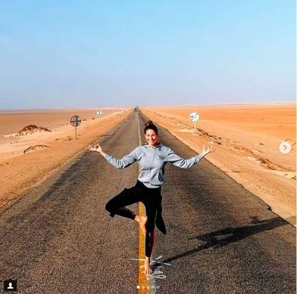 Pour être au top sous toutes les l'attitude, Laurie Thilleman a sa méthode : yoga + méditation