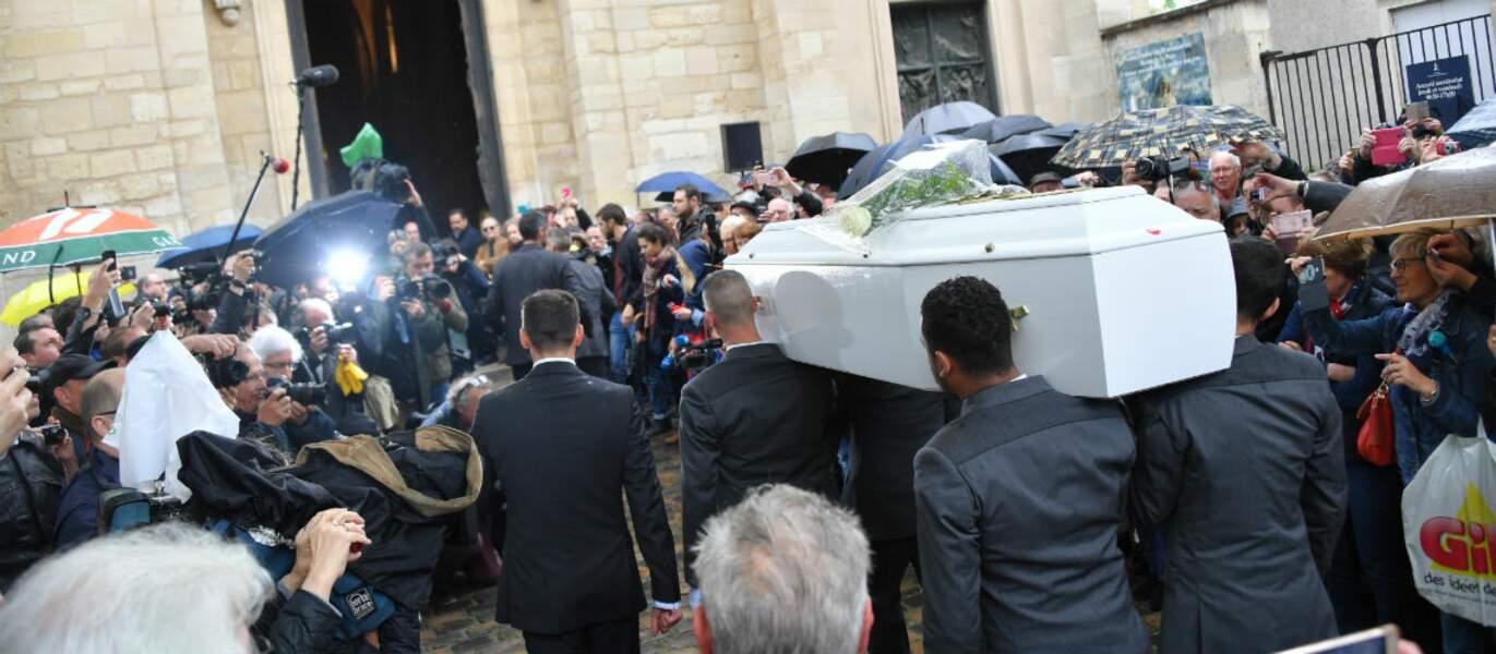Cercueil blanc de Dick Rivers