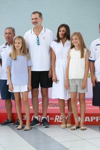 """Felipe VI,Letizia, leurs filles Leonor et Sofia à Majorque pour la course de voile """"Copa del Rey"""" le 1er août 2019"""