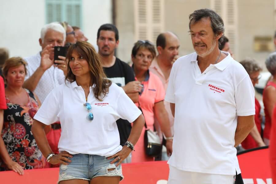 Jean-Luc Reichmann et sa femme Nathalie ont affiché chacun un teint hâlé lors de cette journée