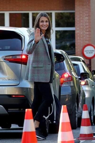 La reine Letizia d'Espagne lors de la rentrée des classes de ses filles, le 11 septembre 2019