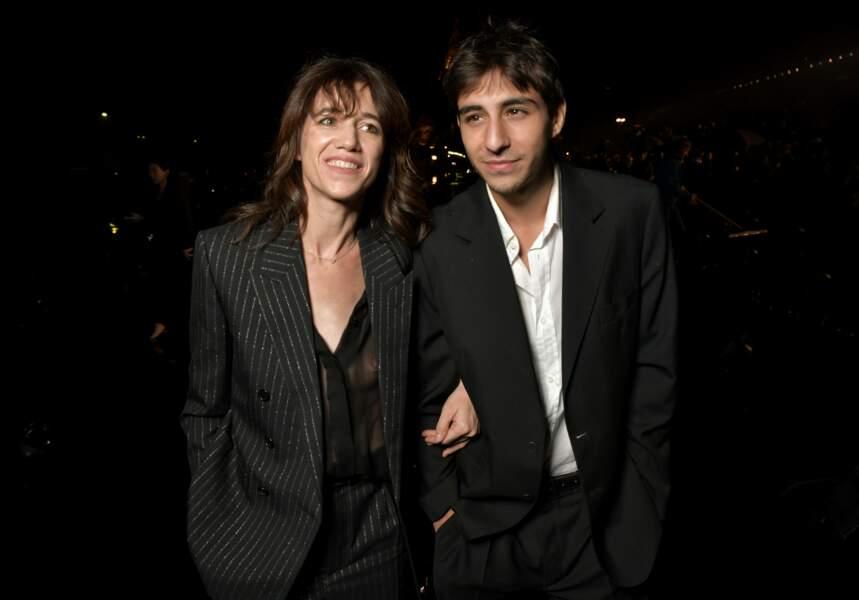 Charlotte Gainsbourg et son fils Ben Attal ont posé leurs valises à Paris pour la Fashion Week,le 24 septembre 2019