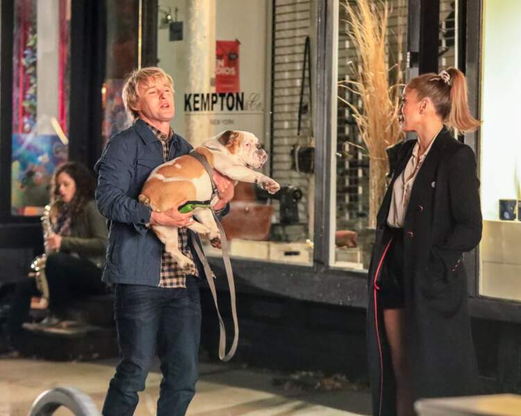 """Dans le film """"Marry Me"""", la bombe latine interprète le rôle d'une superstar de la pop trompée par son futur époux (incarné par Maluma)..."""