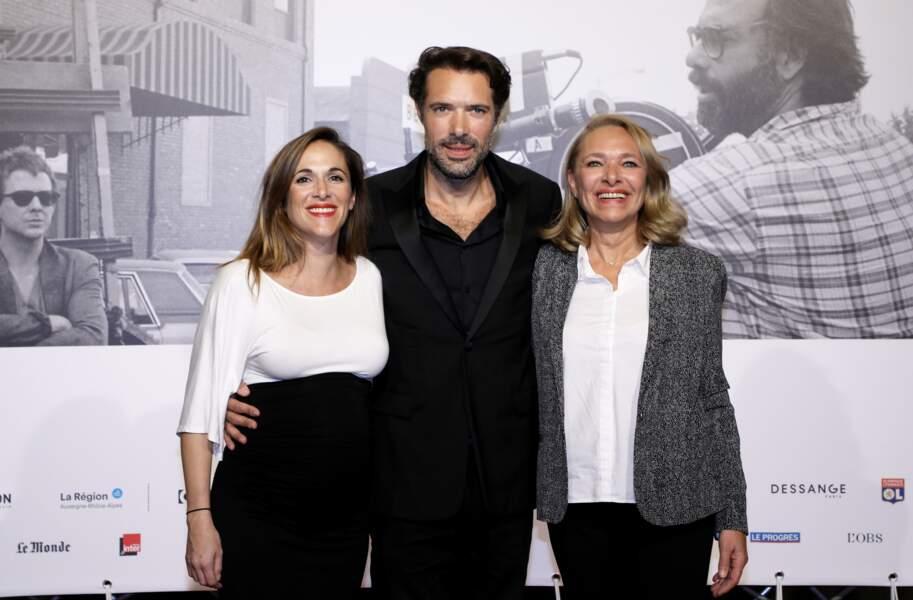 Victoria Bedos s'est affichée en compagnie de son frère, Nicolas, et de leur maman, Joëlle Bercot
