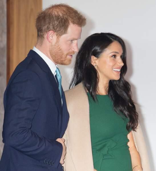 Meghan Markle et le prince Harry arrivent à la soirée des WellChild Awards.