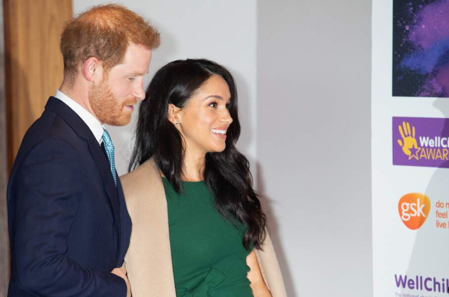 Meghan Markle radieuse et le prince Harry à la soirée des WellChild Awards.
