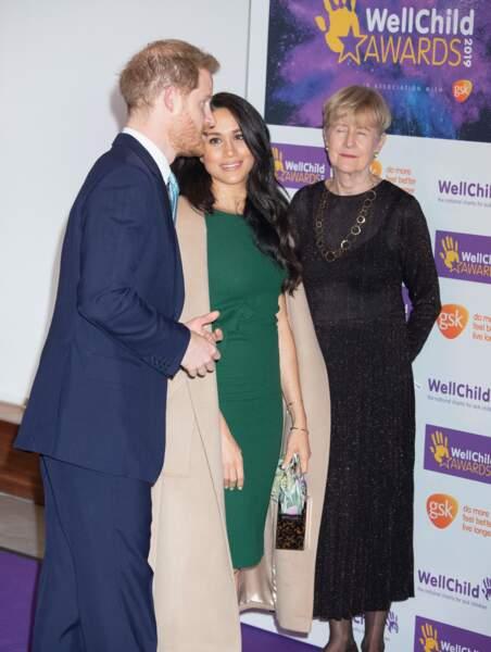 Meghan Markle pleine d'admiration pour le prince Harry à la soirée des WellChild Awards.