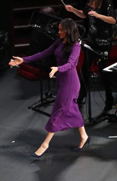 Une entrée spectaculaire au Royal Albert Hall pour Meghan Markle