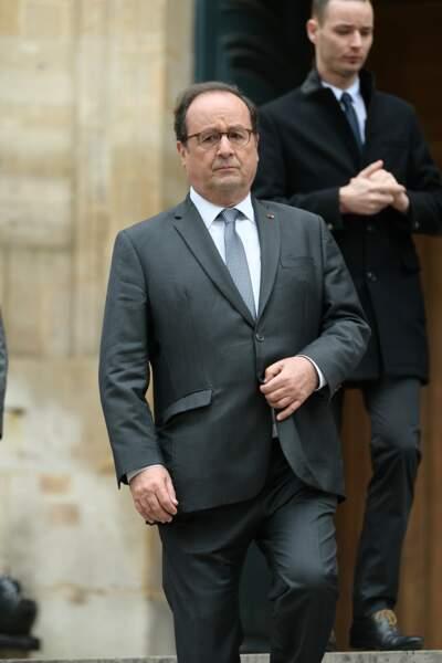 François Hollande sur le parvis de l'Eglise Saint-Roch à Paris afin de rendre hommage à Jean-Michel Martial