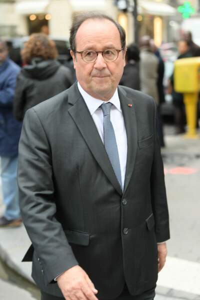La venue très remarquée de François Hollande aux obsèques de Jean-Michel Martial