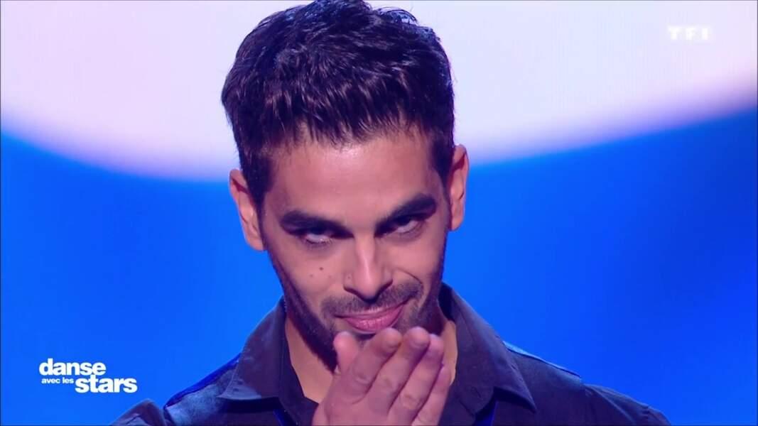 """Avant de danser, Christophe envoie un baiser à son """"Bibou"""""""