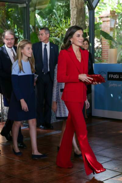 Letizia d'Espagne adore porter le rouge en total look comme ce 4 novembre 2019