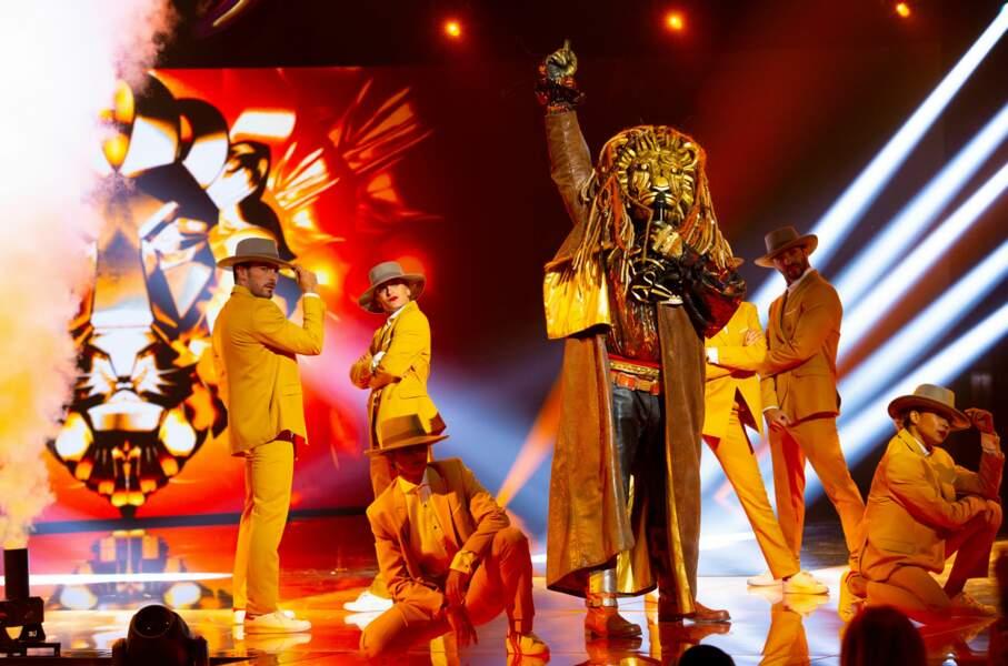 """Les """"enquêteurs"""" de Mask Singer réussiront-ils à trouver qui se cachent derrière ces costumes ?"""
